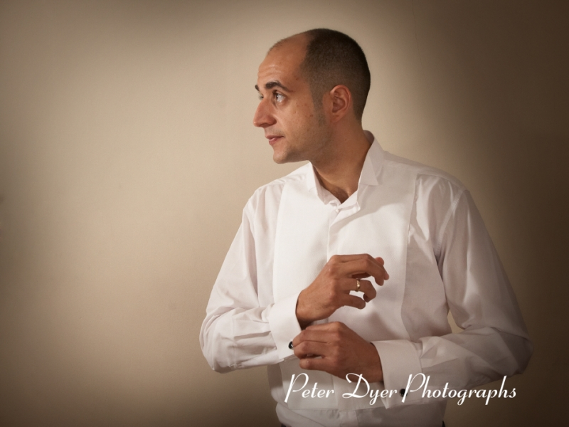 Turkish-wedding-photography-at-Fanhams-hall-Herfordshireby-Peter-Dyer-Photographs-north london_1