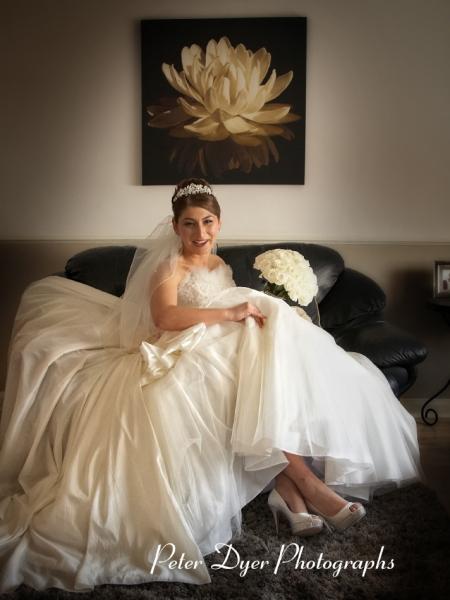 Turkish-wedding-photography-at-Fanhams-hall-Herfordshireby-Peter-Dyer-Photographs-north london_11
