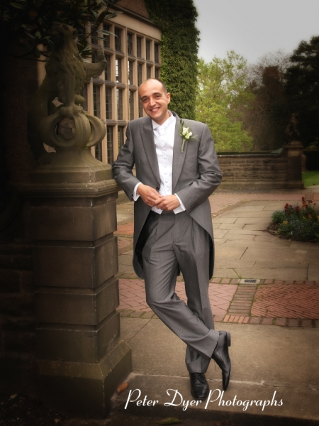 Turkish-wedding-photography-at-Fanhams-hall-Herfordshireby-Peter-Dyer-Photographs-north london_13