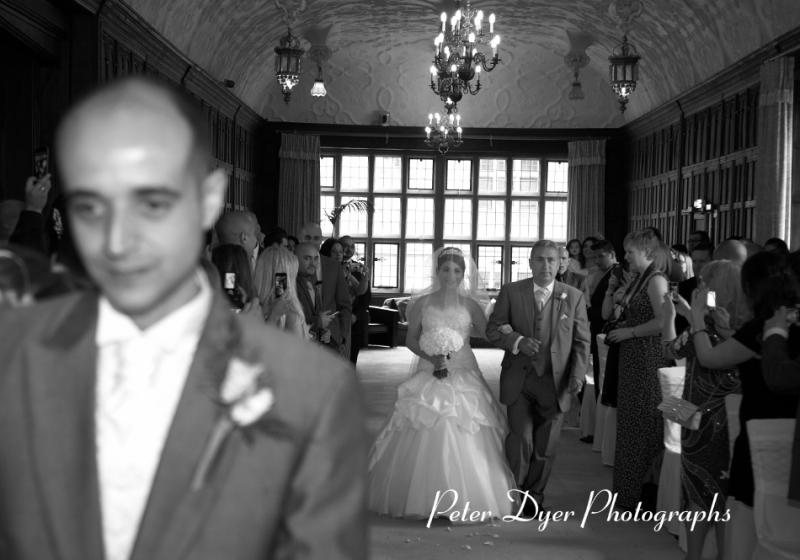 Turkish-wedding-photography-at-Fanhams-hall-Herfordshireby-Peter-Dyer-Photographs-north london_17