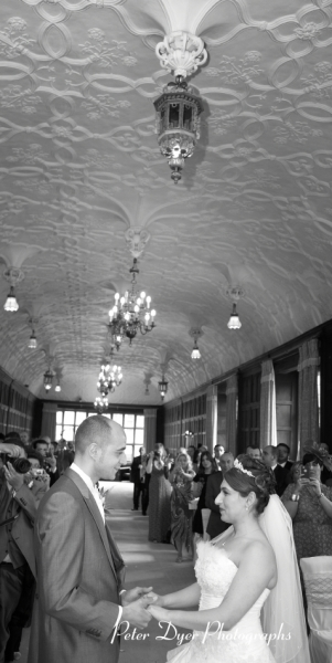 Turkish-wedding-photography-at-Fanhams-hall-Herfordshireby-Peter-Dyer-Photographs-north london_18