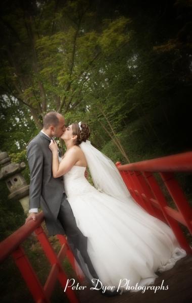 Turkish-wedding-photography-at-Fanhams-hall-Herfordshireby-Peter-Dyer-Photographs-north london_29