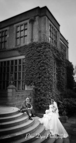 Turkish-wedding-photography-at-Fanhams-hall-Herfordshireby-Peter-Dyer-Photographs-north london_31