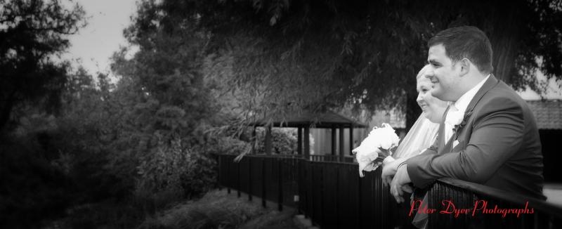 Tewin-bury-farm-wedding-photographby-Peter-Dyer-Photographs-North-London_10