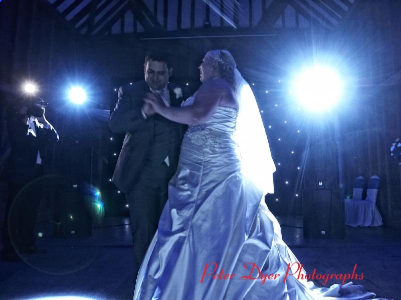 Tewin-bury-farm-wedding-photographby-Peter-Dyer-Photographs-North-London_15