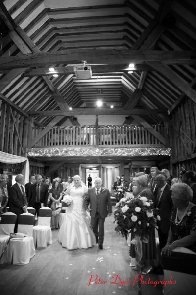 Tewin-bury-farm-wedding-photographby-Peter-Dyer-Photographs-North-London_3