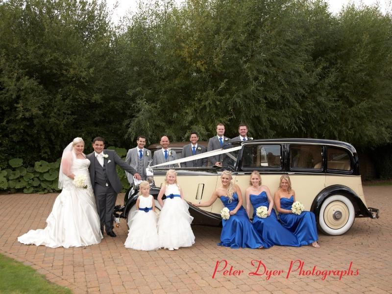 Tewin-bury-farm-wedding-photographby-Peter-Dyer-Photographs-North-London_6