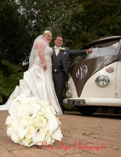 Tewin-bury-farm-wedding-photographby-Peter-Dyer-Photographs-North-London_8