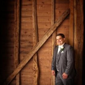 Tewin-bury-farm-wedding-photographby-Peter-Dyer-Photographs-North-London_2