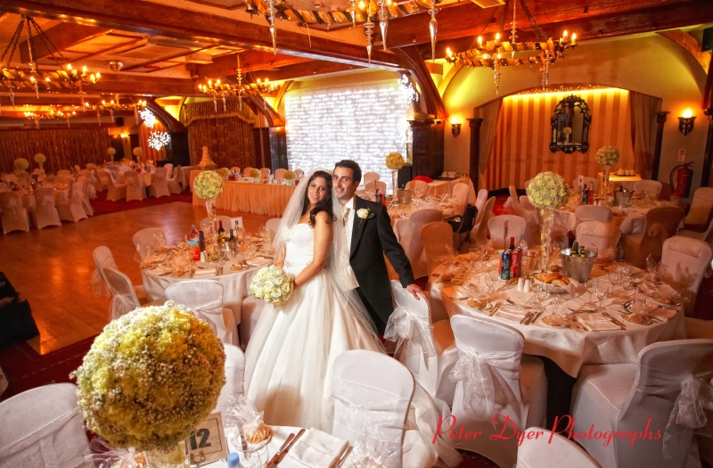 Royal-chace-hotel-wedding-photographby-Peter-Dyer-Photographs-North-London_1