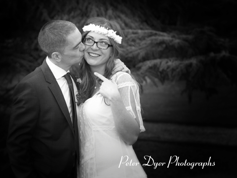 West-Lodge-Park-Hotel-Recommended-wedding-photograph-by-Peter-Dyer-Photographs-Enfield town_5
