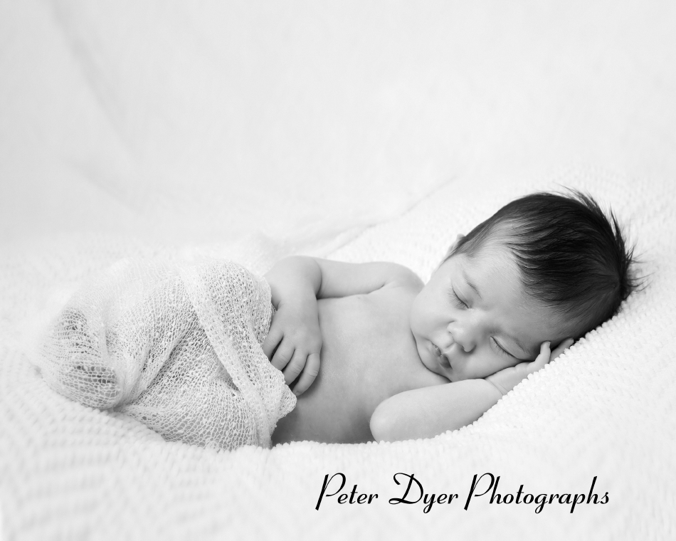 Newborn-photography_by-Peter-Dyer-Photographs-Enfield-0