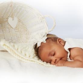 Newborn-photography_londonby-Peter-Dyer-Photographs
