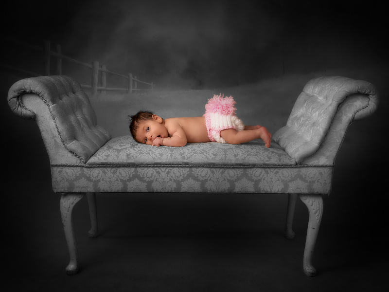 newborn-photography-by-peter-dyer-photographs-enfield-london