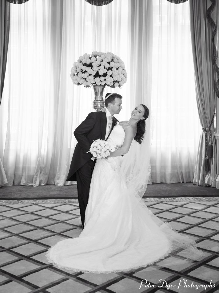 Claridges-Wedding-Photography-by-Peter-Dyer-Photographs-018