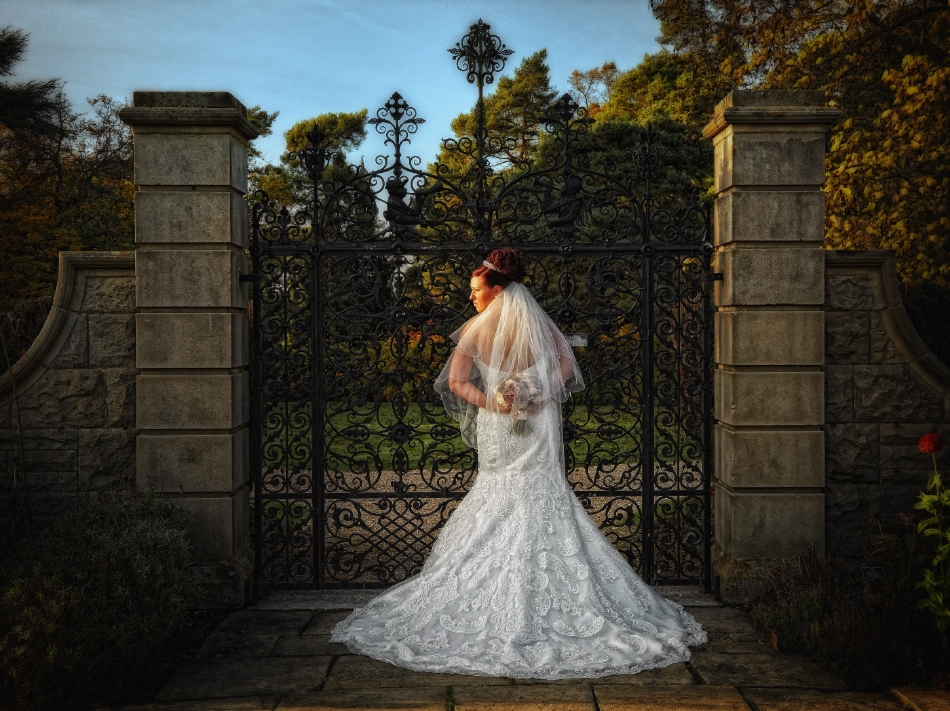Fanhams Hall Wedding Photography_by Peter Dyer Photographs_14