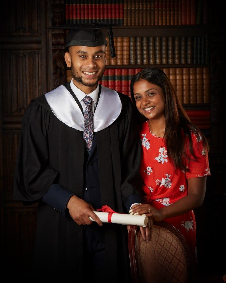 Graduation-Photography-by-Peter-Dyer-Photographs-007