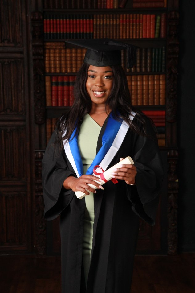 Graduation-Photography-by-Peter-Dyer-Photographs-019