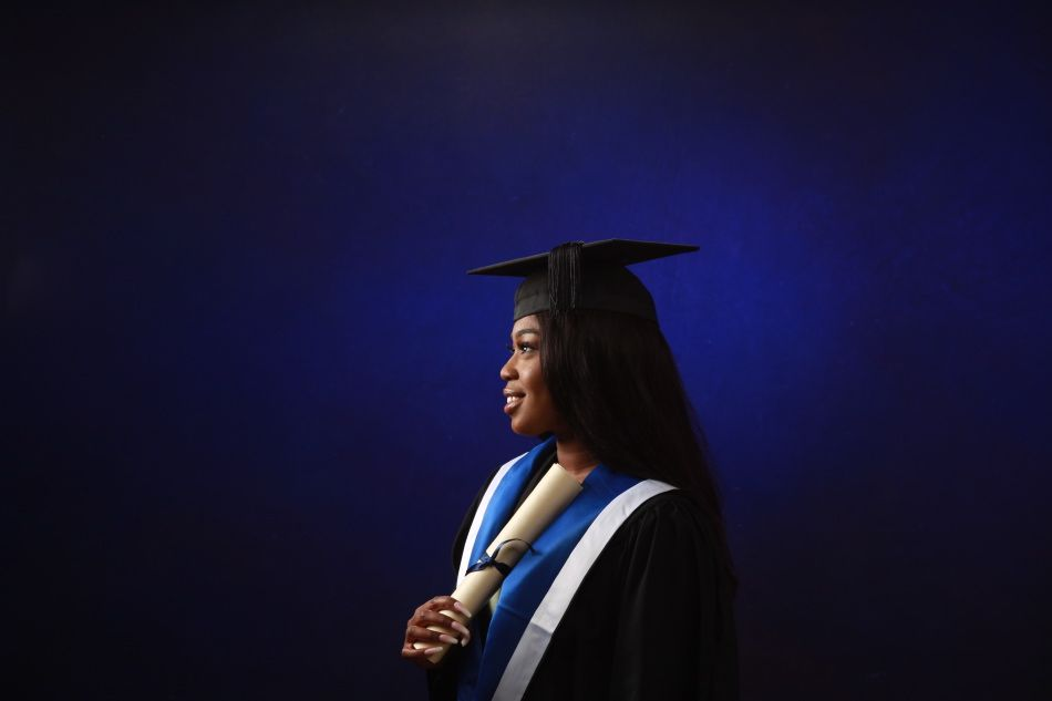 Graduation-Photography-by-Peter-Dyer-Photographs-021