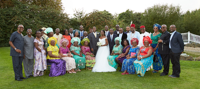 group-photographs-at-weddings-enfield_230