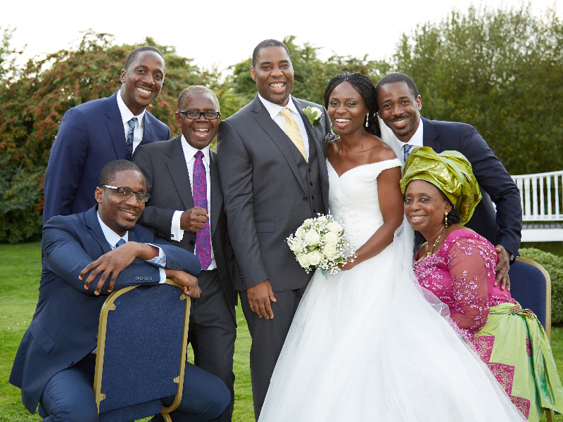 group-photographs-at-weddings-enfield_231