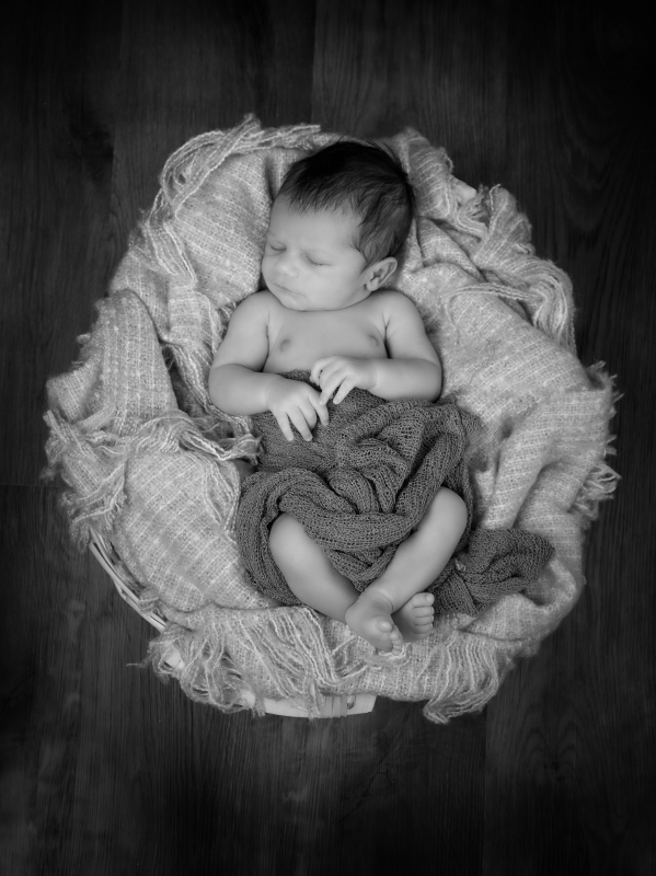 Newborn photography_by Peter Dyer Photographs North London_9