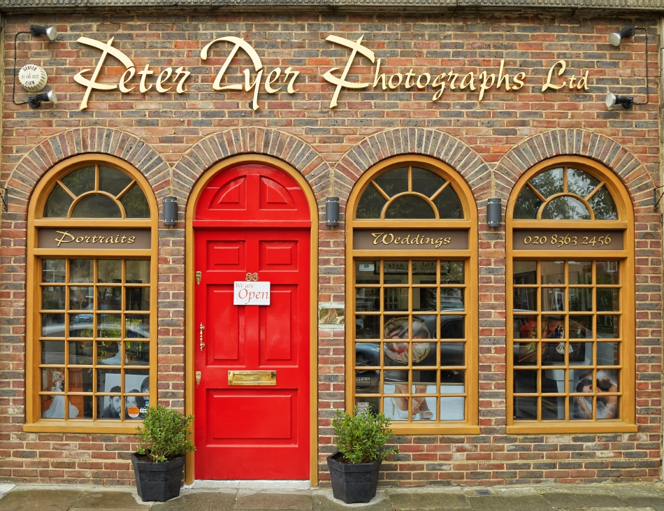 Enfield photography studio_by Peter Dyer Photographs_0