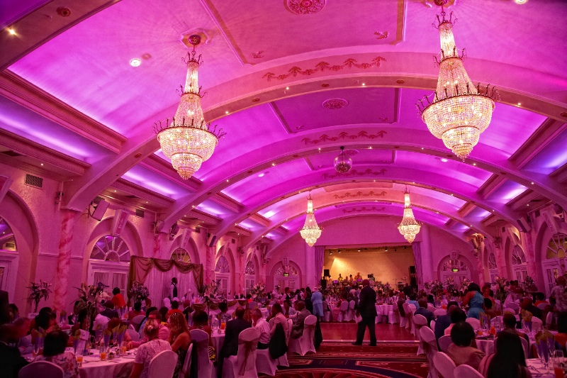 wedding-reception-photography-in-enfield_026