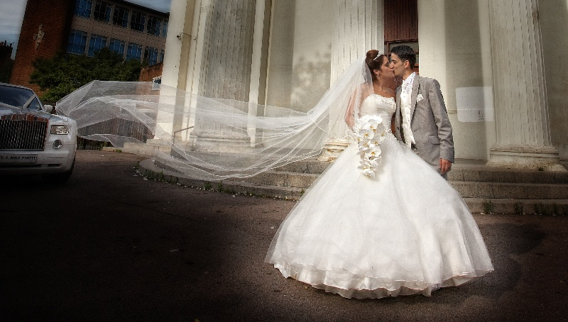 romantic-wedding-photography-london_057