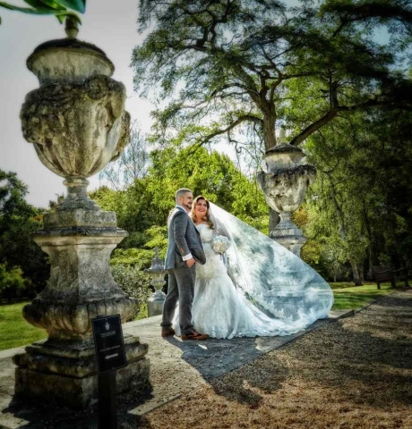 West-Lodge-Park-Wedding-Photography-by-Peter-Dyer-Photographs-011