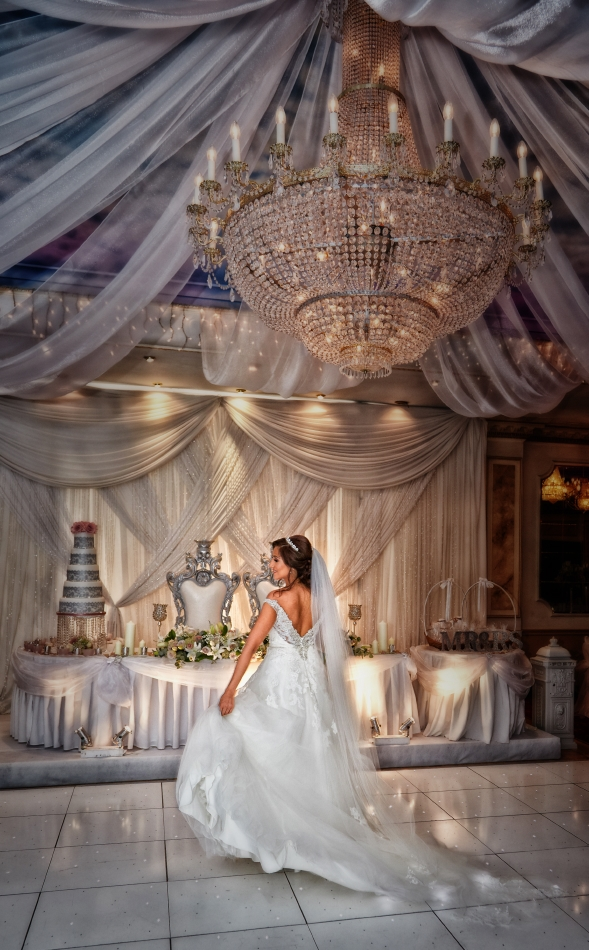 The Regency Banqueting Suite Wedding Photography_by Peter Dyer Photographs_16