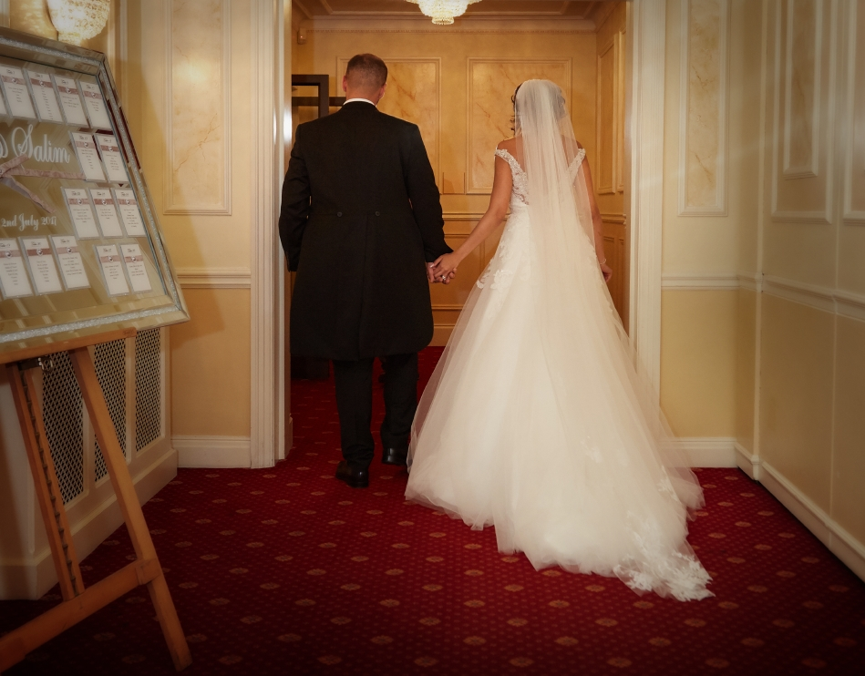 The Regency Banqueting Suite Wedding Photography_by Peter Dyer Photographs_18