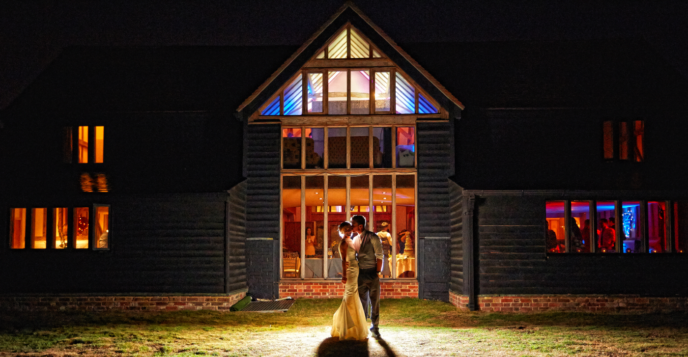 wedding photography at coltsfoot county retreat, hertfordshire