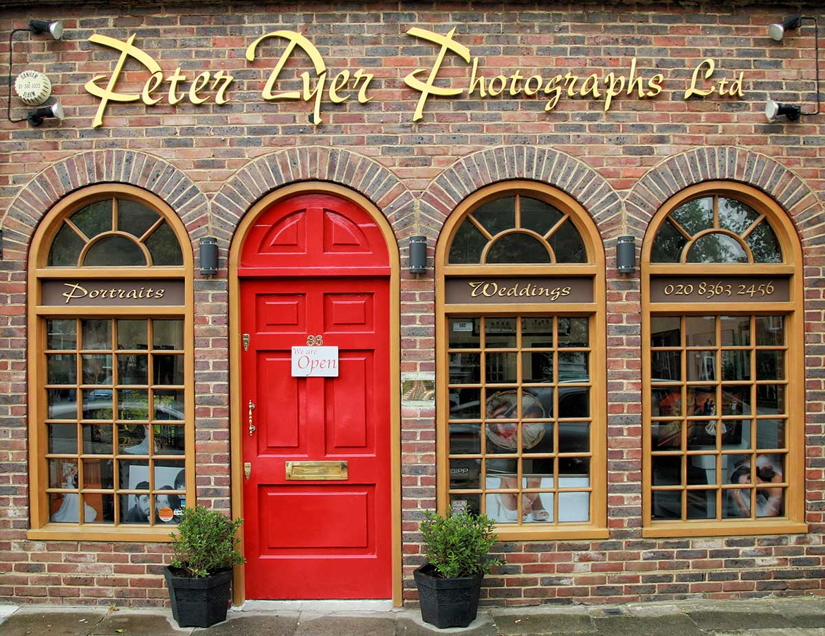 Contact Peter dyer Photographs enfield